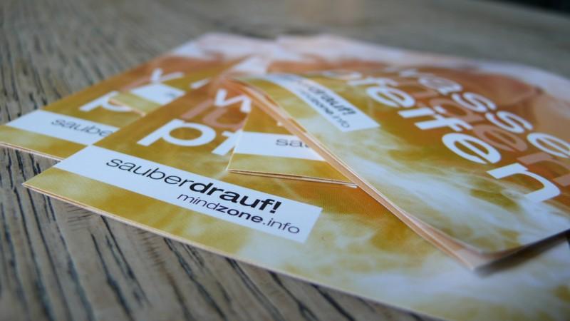 Booklet der Mindzone Kampagne - WASSERlungenPFEIFEN sauber drauf Flyer Stapel 4
