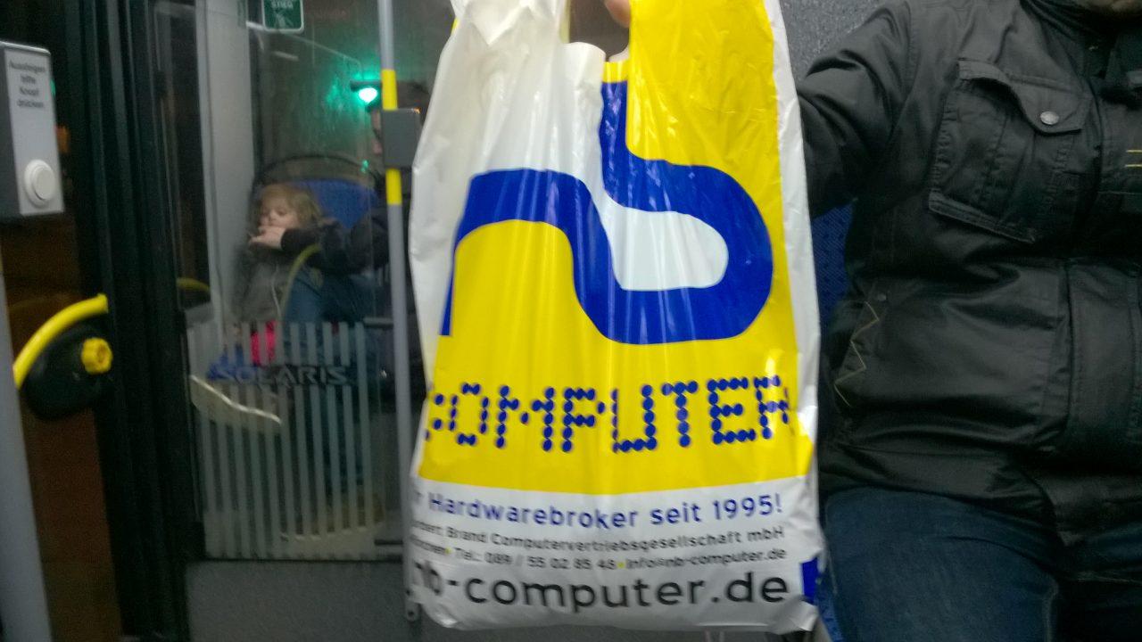 plastiktüte designed für nb computer von schönereWelt